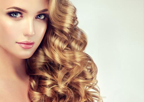 terveet ja tuuheat hiukset