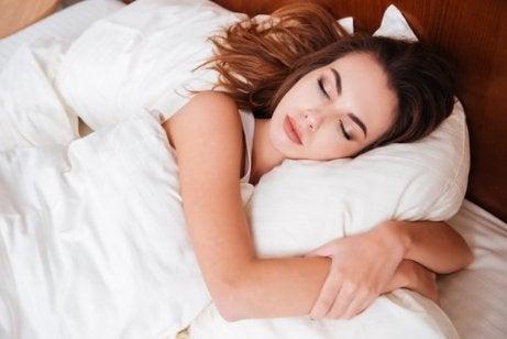 nukkumalla estrogeenia
