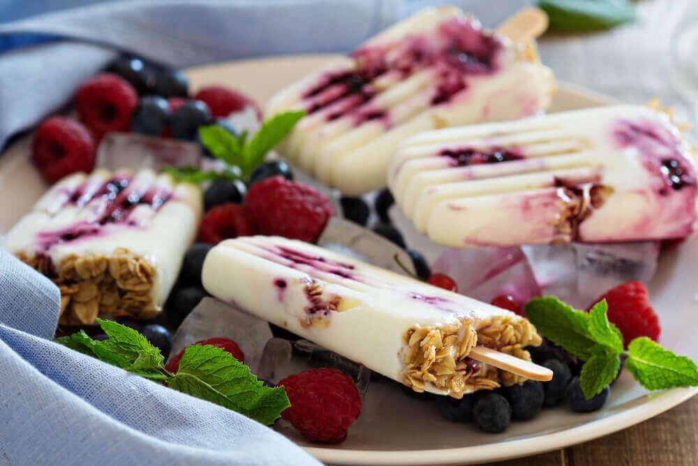 3 tapaa valmistaa jogurttijäätelöä
