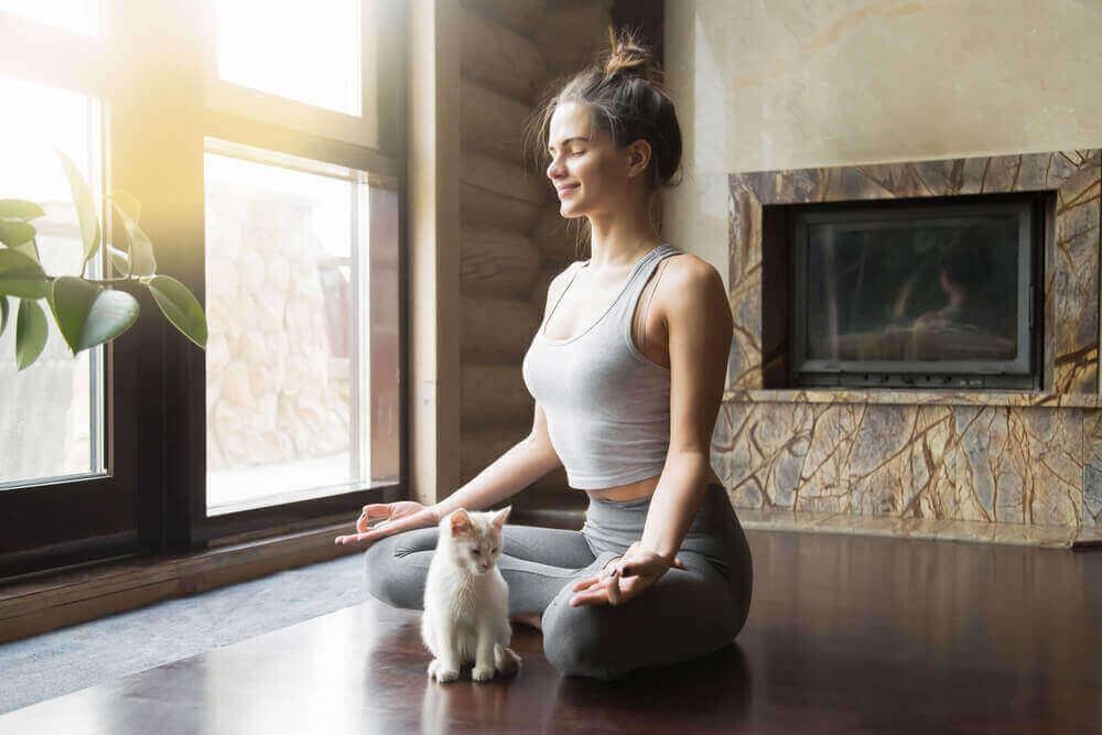 jooga auttaa rauhoittumaan