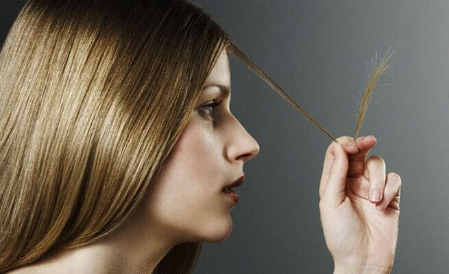 Voit päästä eroon kaksihaaraisista, ilman että hiuksia tulisi lyhentää.