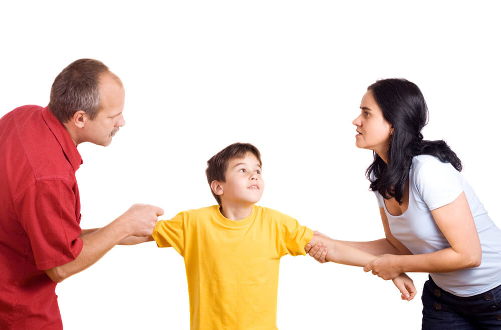 vanhemmat riitelevät lapsesta