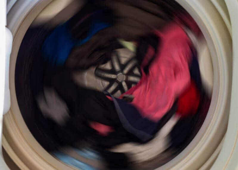 pesukone pyörii