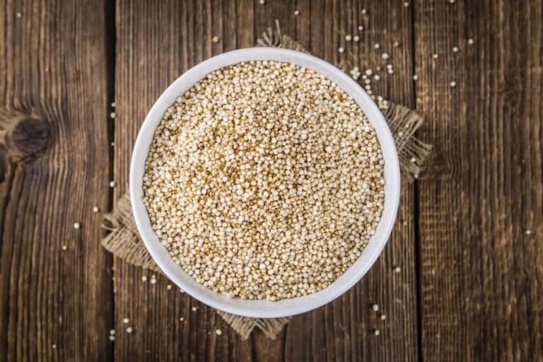 raakaa kvinoaa