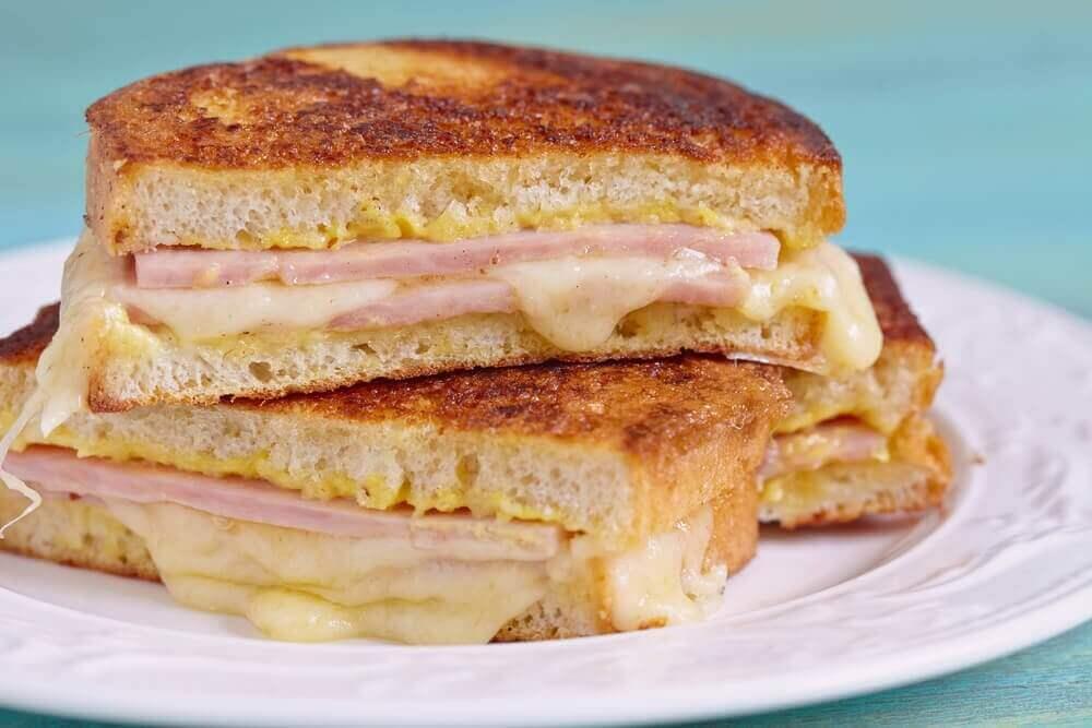 Opi valmistamaan herkullinen Monte Cristo –voileipä
