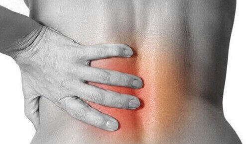laakerinlehdet auttavat selkäkipuun