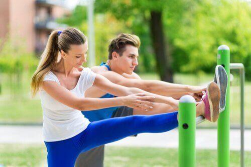 Liikunta parantaa seksielämää.