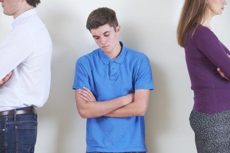 Nuoruuden mielialan muutokset: syyt ja niiden käsitteleminen