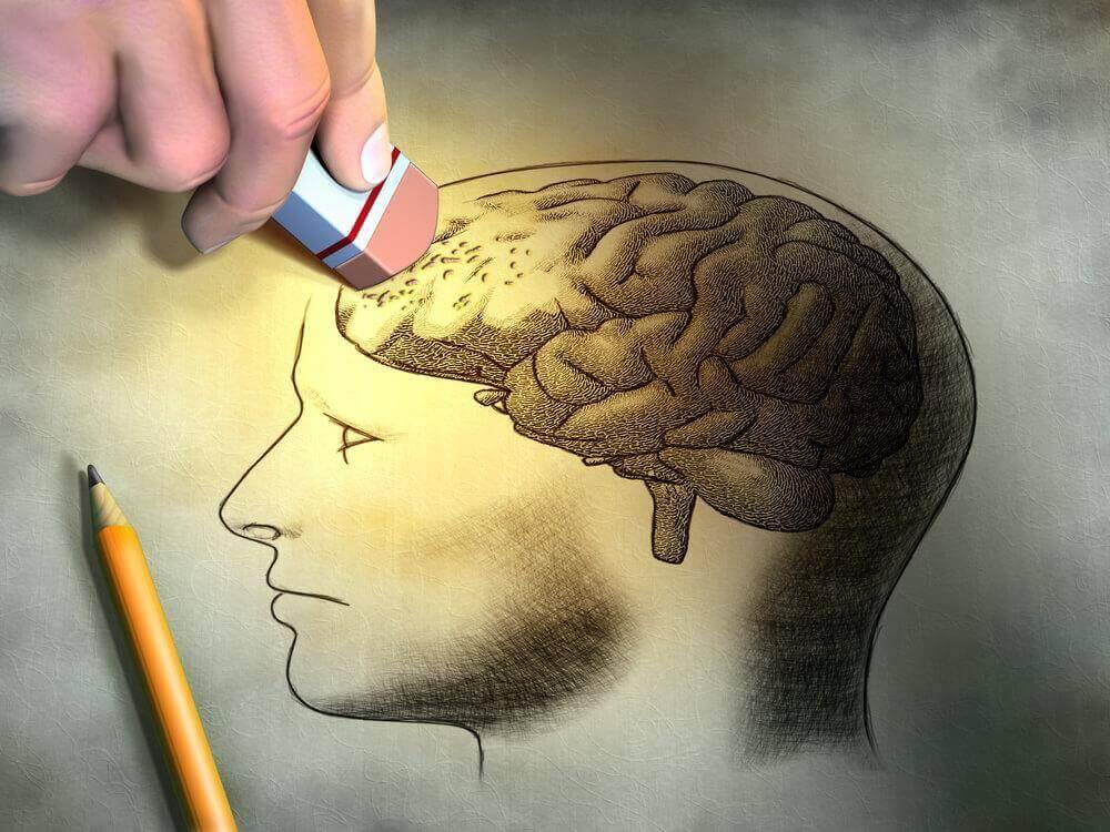aivoja pyyhitään pois pyyhekumilla