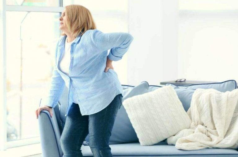 Näin pääset eroon selän rasvamuhkuroista