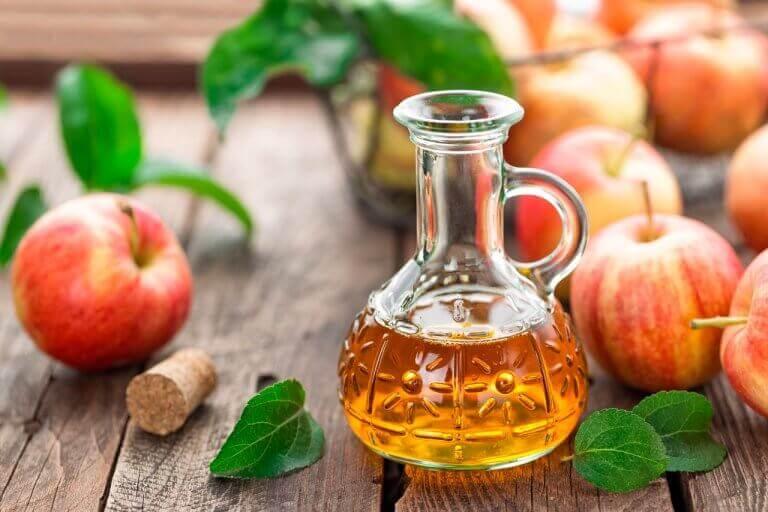 hoida niveltulehdusta omenaviinietikalla