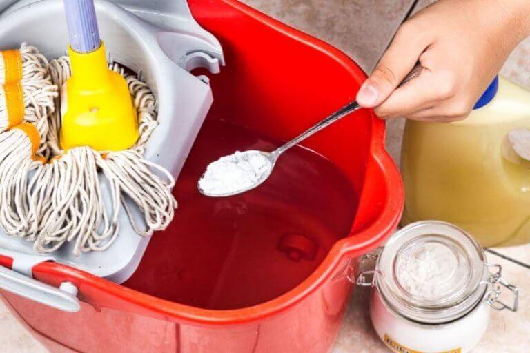 ruokasooda lattioiden puhdistuksessa
