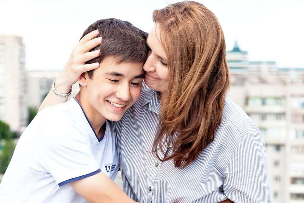 lapsen ja vanhemman suhde