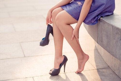 Suonikohjut ovat yleisiä jaloissa.