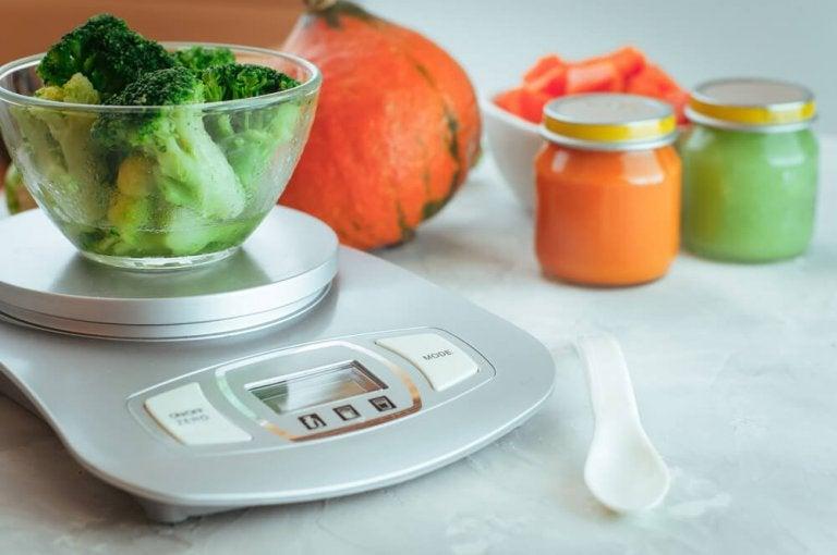 pidä paino kurissa ja mittaa ruoat