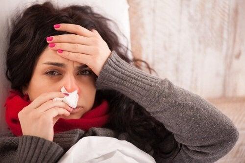 oreganoöljyn käyttötavat: flunssan helpottaminen
