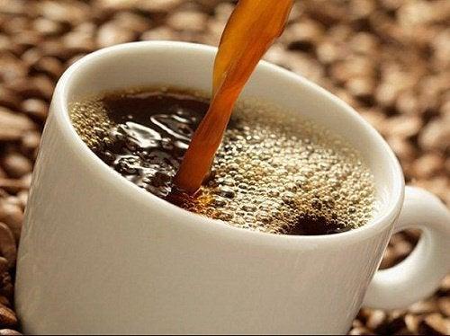 ummetuksen hoito luonnontuotteilla kahvi
