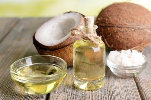 kookosöljy vähentää tulehtuneisuutta