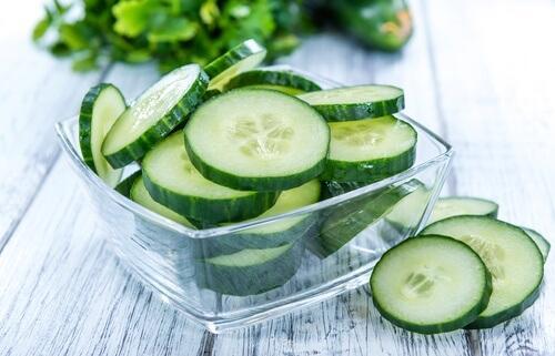 7 syytä ottaa kurkkumehu mukaan ruokavalioosi