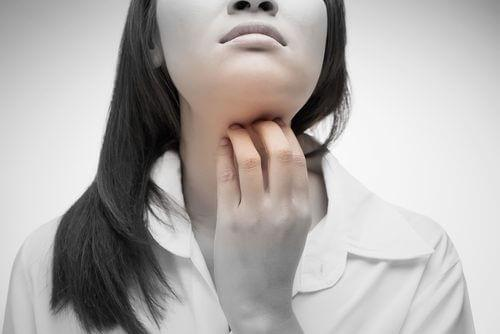 Kurkkukivun hoito luonnollisesti: 4 hyvää ratkaisua