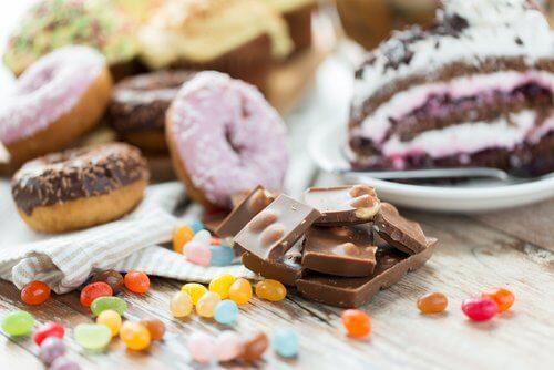 sokeria ei kannata syödä illalla