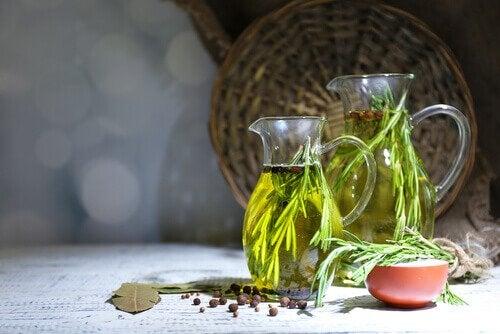 oreganoöljy auttaa karvatuppitulehdukseen