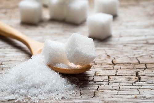 Maksalle haitallisia ruokia: sokeri