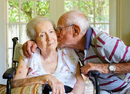 vanhuus ja dementia joka ei ole Alzheimerin tautia