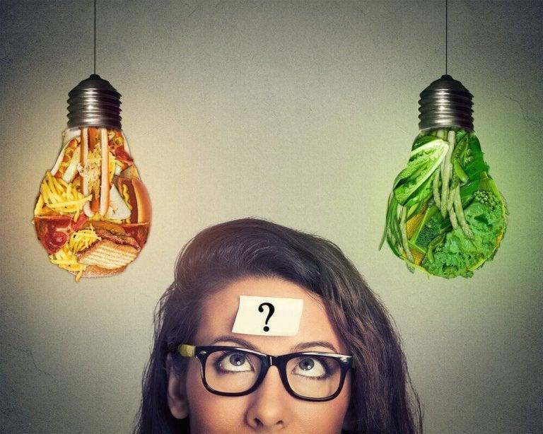5 ruokavirhettä, jotka korkeasta kolesterolista kärsivät ihmiset tekevät