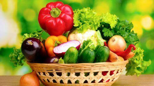 Tarpeelliset vitamiinit 20-, 30- ja 40-vuotiaalle