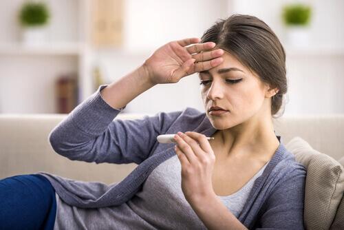 kuume voi olla munuaiskivien oire