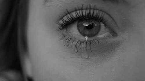 6 syytä siihen, miksi itkeminen on terveellistä