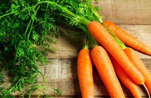 ruokaa vatsahaavojen hoitoon: porkkanat