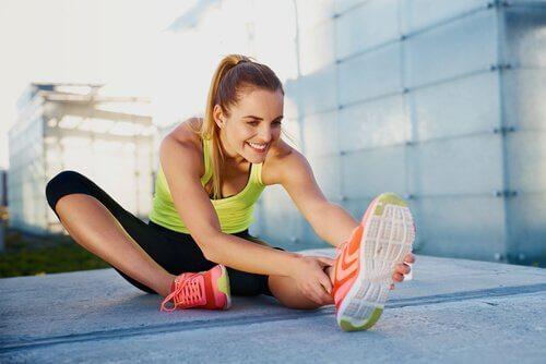 asiat jotka häiritsevät vartalon muokkaamista: venyttelyn unohtaminen
