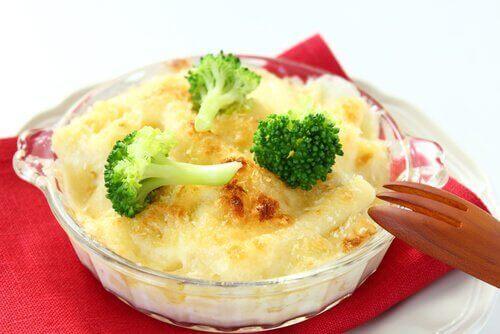 kokeile juustoista parsakaalireseptiä