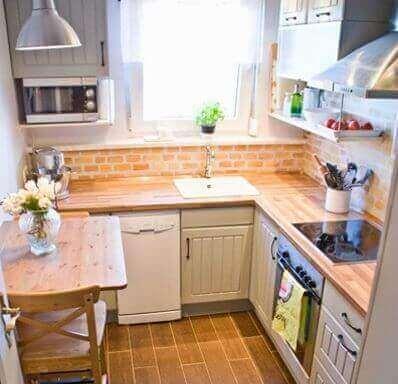 Hyödynnä luonnonvaloa pienessä keittiössä