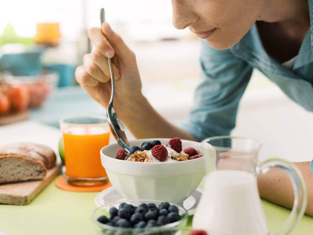 aamiainen nopeaan painonpudotukseen