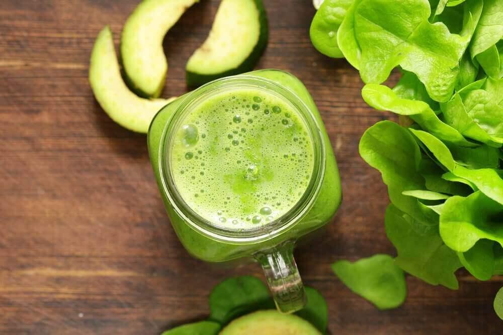 Kalsiumpitoinen smoothie osteoporoosin ehkäisyyn