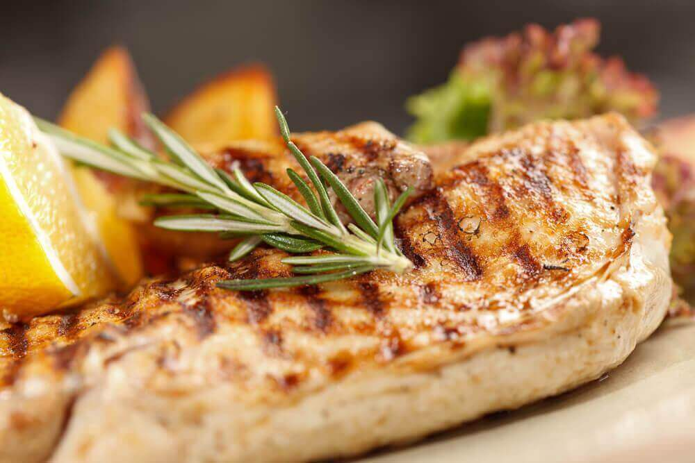 syö kanaa lihasten vahvistamiseksi