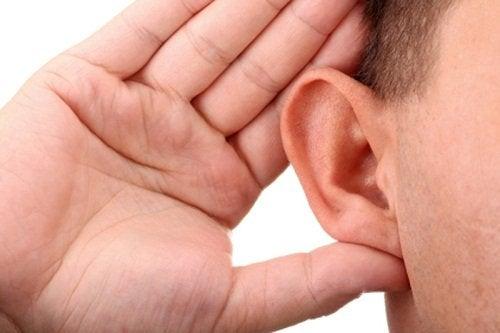 itsevarman ihmisen merkki on kuuntelu
