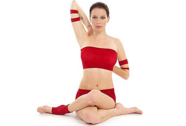 3 jooga-asentoa niskajännityksen lievittämiseksi