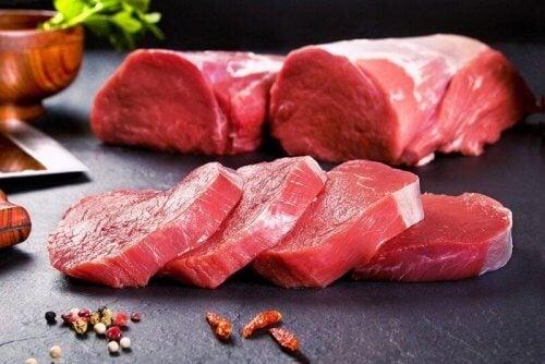 syö vasikanlihaa lihasten vahvistamiseksi