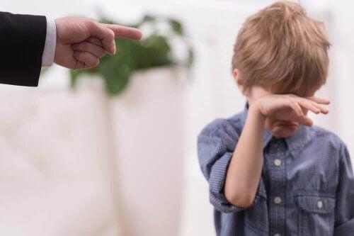 lapsen rankaiseminen
