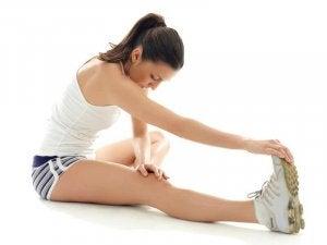 venyttely estää lihaskramppeja syntymästä