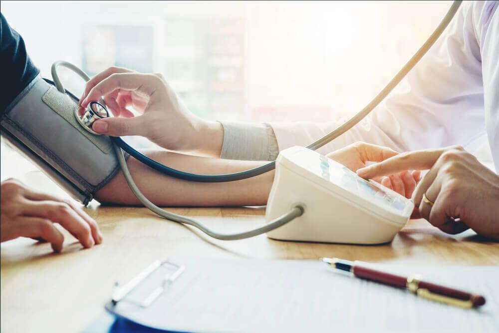 Hoida matalaa verenpainetta muuttamalla ruokavaliotasi