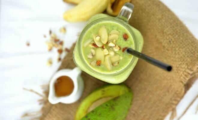 pähkinöiden hyödyt smoothiessa