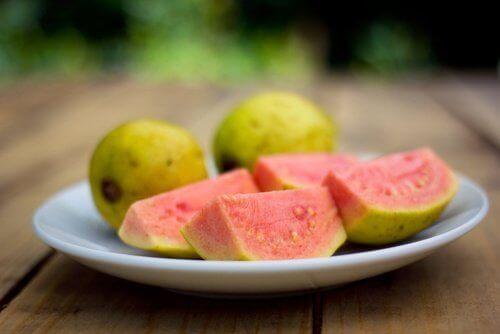 guava lohkottuna