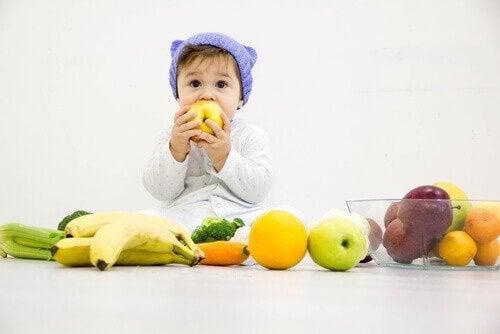 Mitä hedelmiä vauvalle voi antaa?