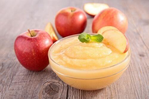 Omenasose on täydellinen lisuke porsaalle