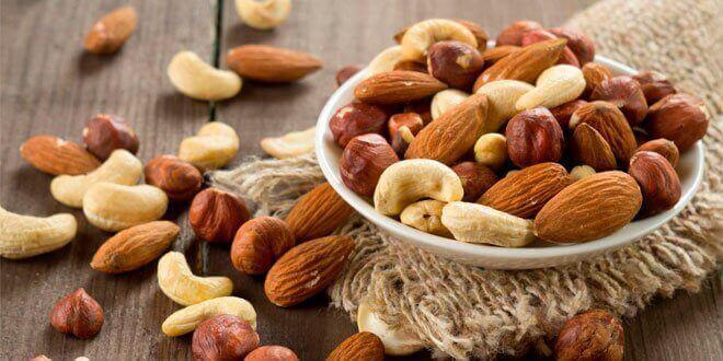 Pähkinöiden B-vitamiini parantaa näkökykyä